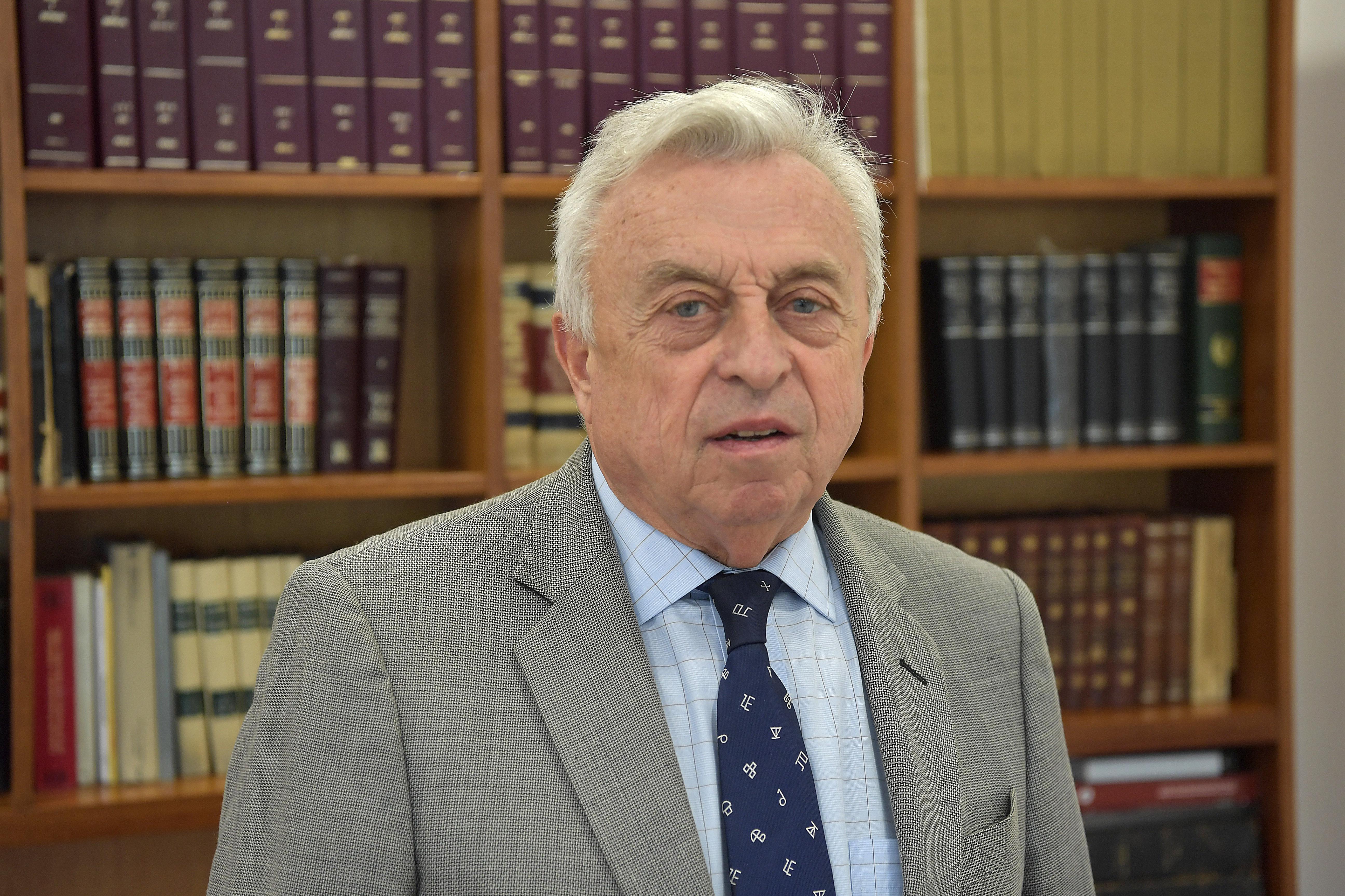 Dr. Germán Carlomagno