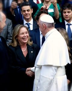 Edit 1 - Papa Francisco Dra Medina