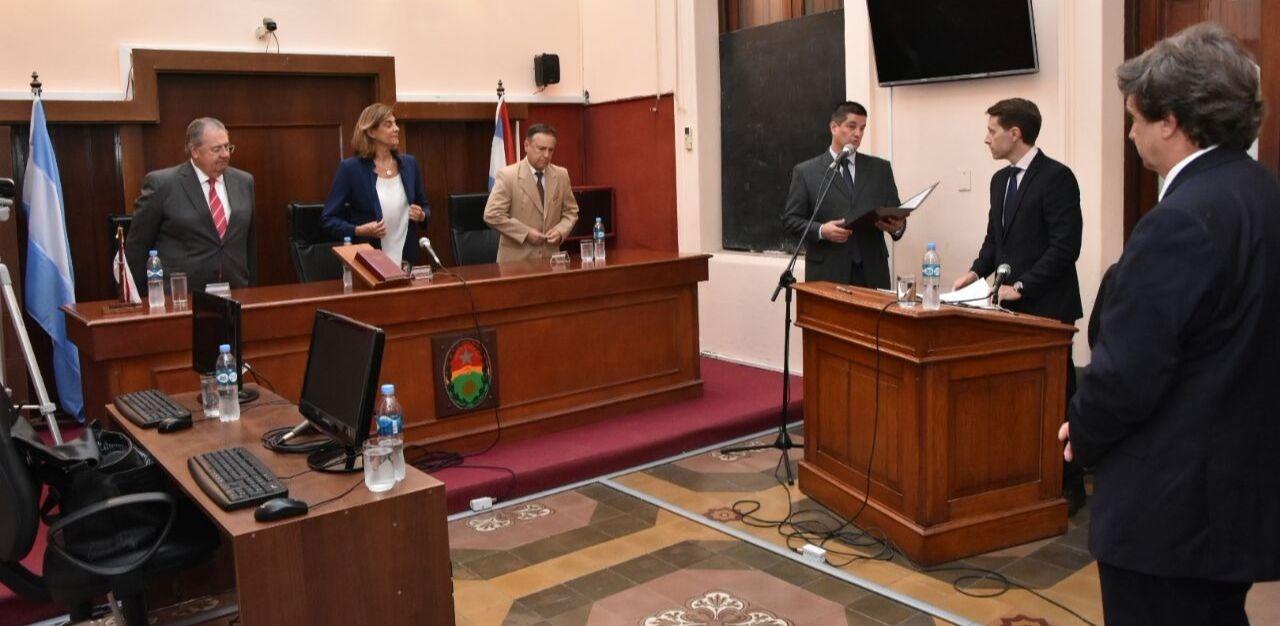 Juró y fue puesto en funciones por el STJ el vocal titular del Tribunal de Juicios y Apelaciones de Gualeguay, Dr. Darío Crespo