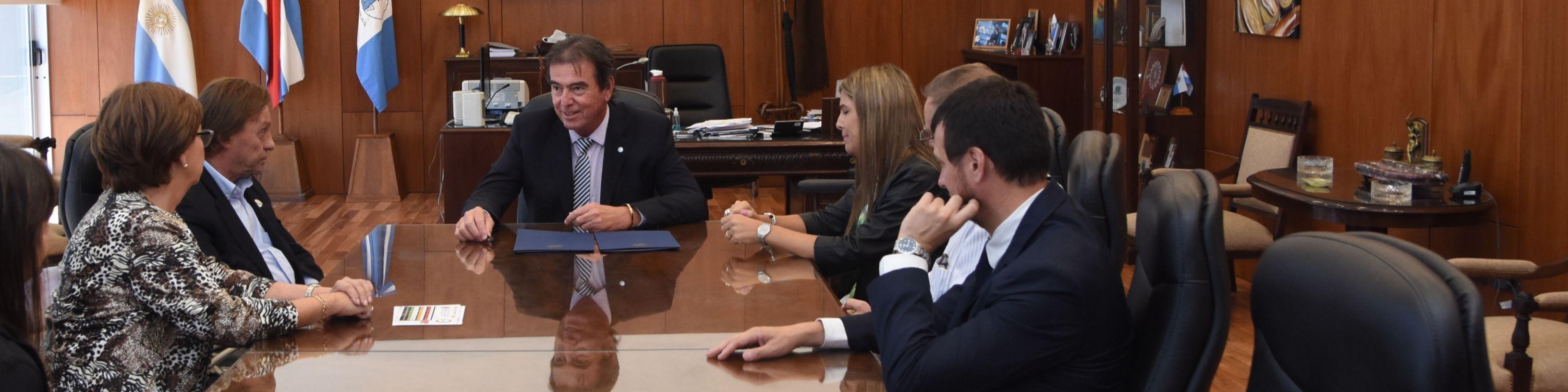 El STJ y el Municipio de Paraná coordinan acciones y recursos para prevenir y sancionar la violencia de género