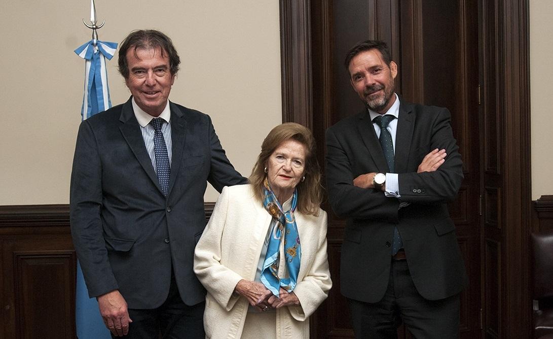 El STJ y la Comisión Nacional de Acceso a Justicia firmaron un convenio de colaboración para la implementación de un plan piloto de mediación en la Justicia Federal de Paraná
