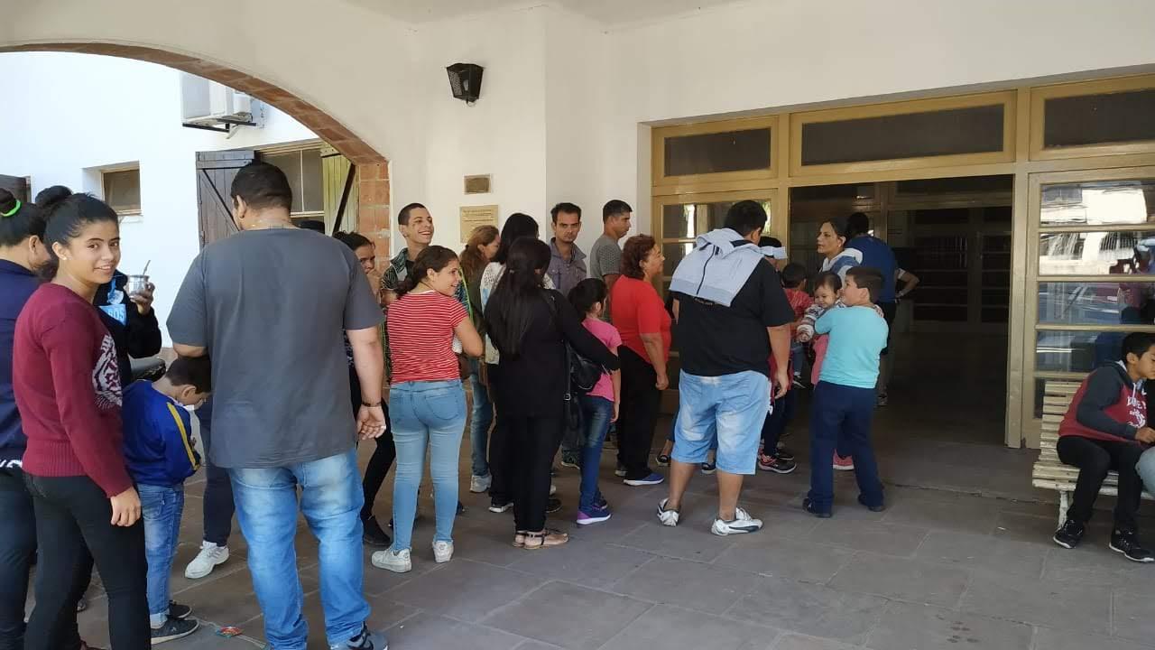 """""""La Justicia va a los barrios"""" trabajó hoy en Paraná con familias del barrio 1º de Julio"""