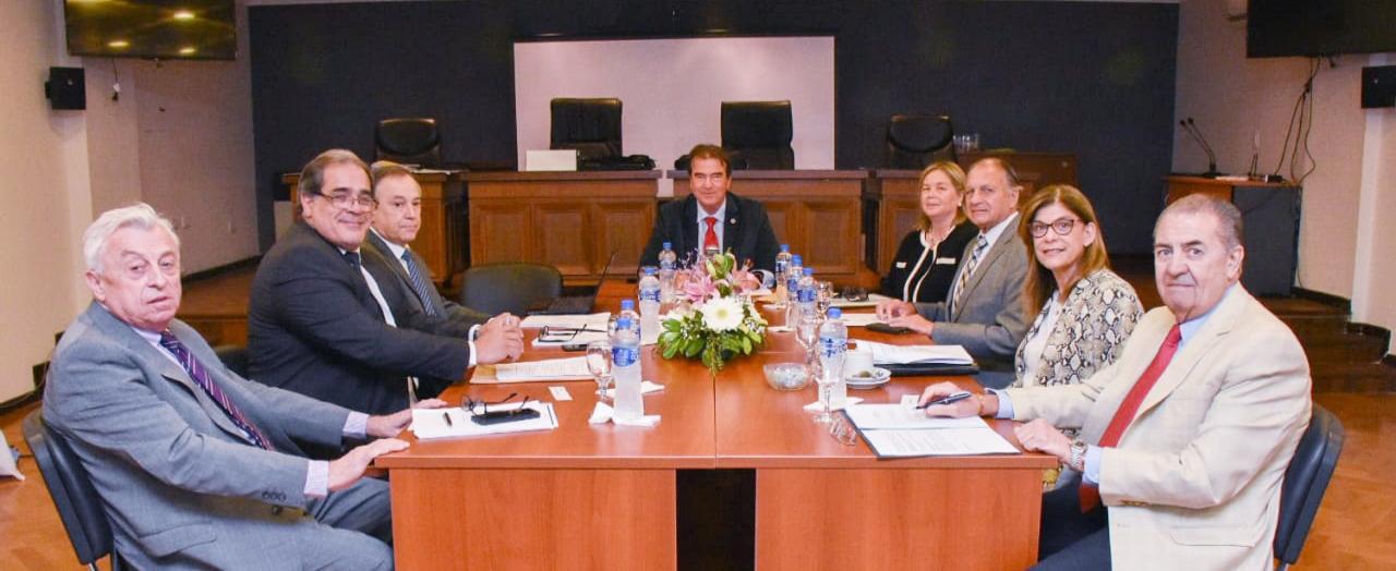 El Superior Tribunal de Justicia se reunió en La Paz