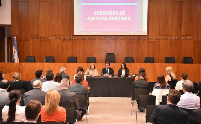 Acuerdo sobre la necesidad de ampliar las competencias a los Juzgados de Paz