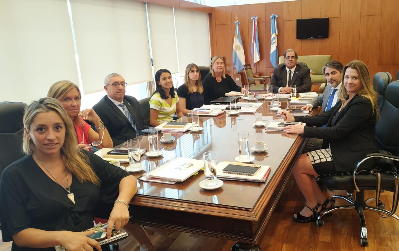 Foto reunion Instituto Alberdi