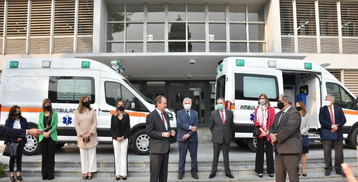 Acto entrega ambulancia